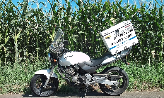 バイク便とトウモロコシ.jpg
